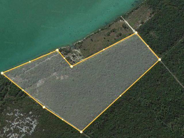 /listing-lots-acreage-in-fresh-creek-31859.html from Coldwell Banker Bahamas Real Estate