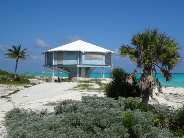 /listing-single-family-home-in-columbus-landings-31865.html from Coldwell Banker Bahamas Real Estate