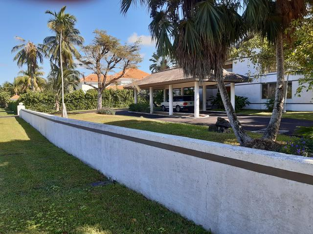 /listing-single-family-home-in-lyford-cay-31948.html from Coldwell Banker Bahamas Real Estate