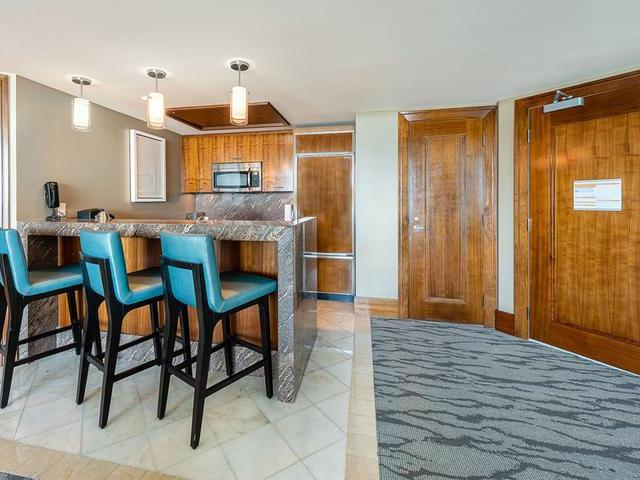 /listing-condo-in-paradise-island-32196.html from Coldwell Banker Bahamas Real Estate
