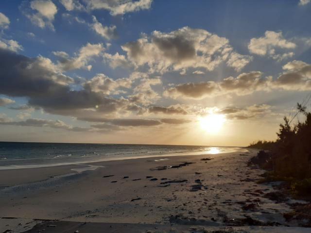 /listing-lots-acreage-in-britannia-32758.html from Coldwell Banker Bahamas Real Estate