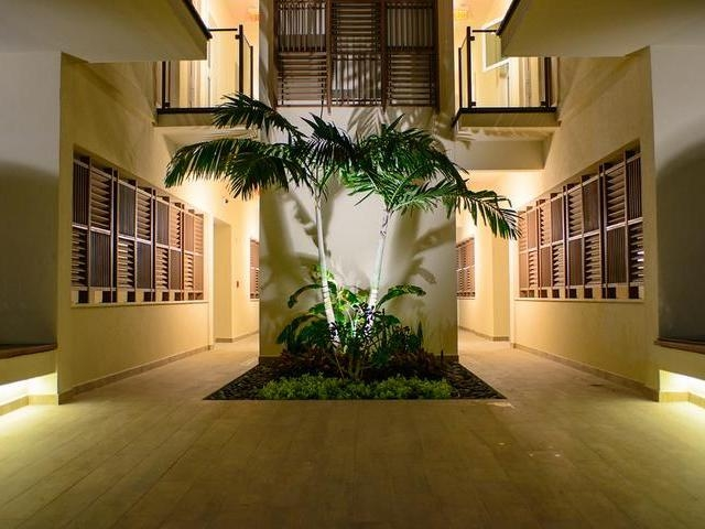 /listing-condo-in-paradise-island-32828.html from Coldwell Banker Bahamas Real Estate
