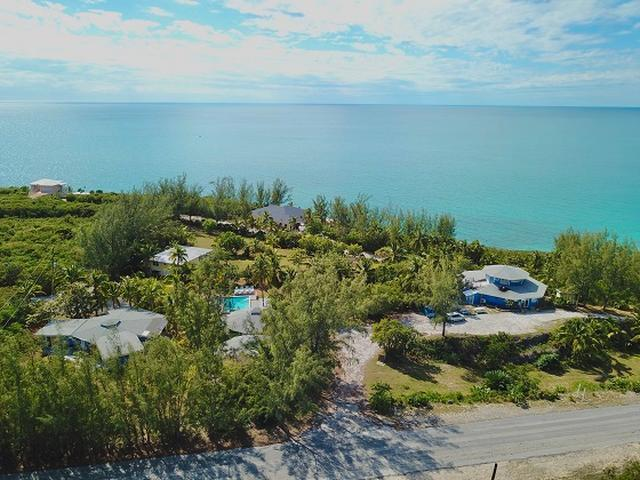 /listing-single-family-home-in-rainbow-bay-32720.html from Coldwell Banker Bahamas Real Estate
