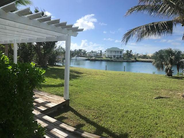 /listing-single-family-home-in-fortune-bay-32728.html from Coldwell Banker Bahamas Real Estate