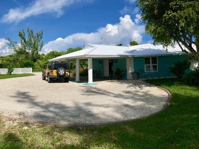 /listing-single-family-home-in-lucaya-32745.html from Coldwell Banker Bahamas Real Estate