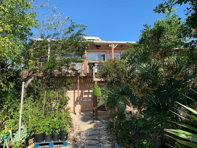 /listing-single-family-home-in-wemyss-settlement-32762.html from Coldwell Banker Bahamas Real Estate