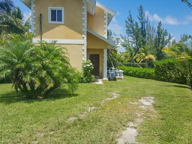 /listing-half-duplex-in-fortune-bay-32910.html from Coldwell Banker Bahamas Real Estate
