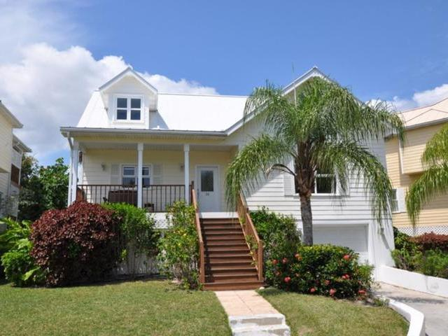 /listing-single-family-home-in-fortune-beach-32941.html from Coldwell Banker Bahamas Real Estate