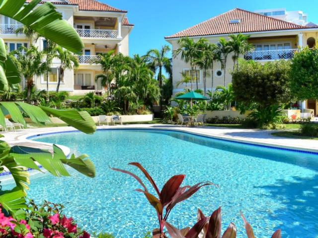 /listing-condo-in-paradise-island-32984.html from Coldwell Banker Bahamas Real Estate