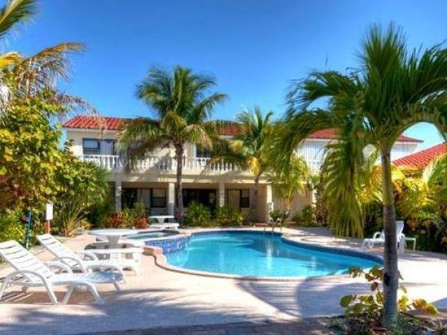 /listing-condo-in-bahama-terrace-yacht-country-club-35033.html from Coldwell Banker Bahamas Real Estate