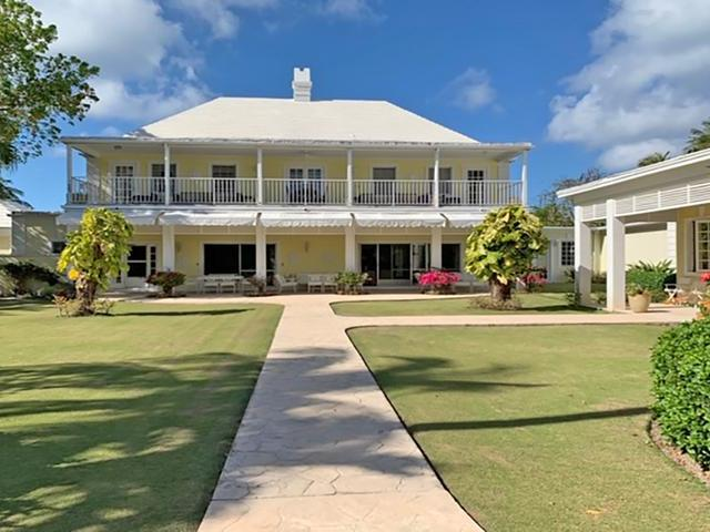 /listing-single-family-home-in-lyford-cay-32989.html from Coldwell Banker Bahamas Real Estate