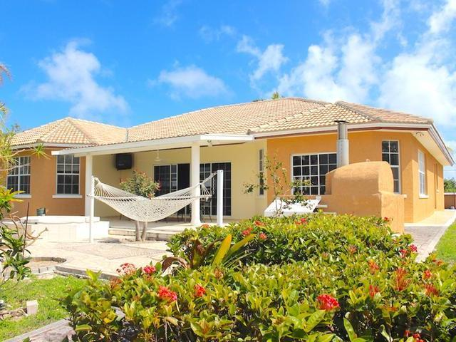 /listing-single-family-home-in-bahama-terrace-33228.html from Coldwell Banker Bahamas Real Estate