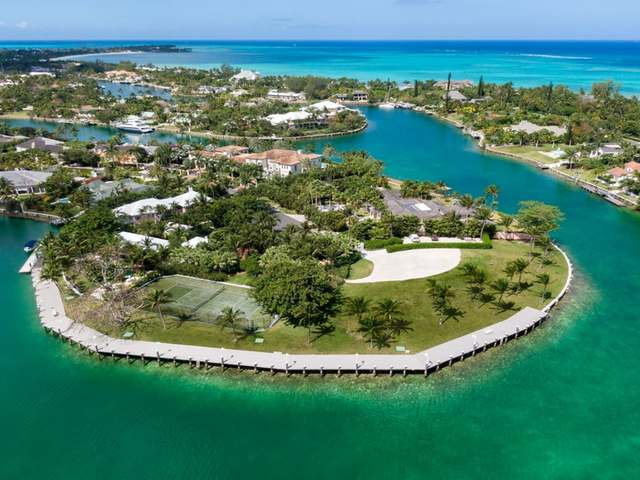 /listing-lots-acreage-in-lyford-cay-33429.html from Coldwell Banker Bahamas Real Estate