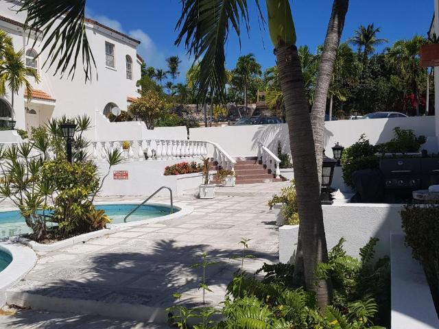 /listing-condo-in-paradise-island-33439.html from Coldwell Banker Bahamas Real Estate