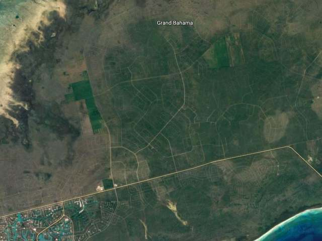 /listing-lots-acreage-in-lucaya-33517.html from Coldwell Banker Bahamas Real Estate