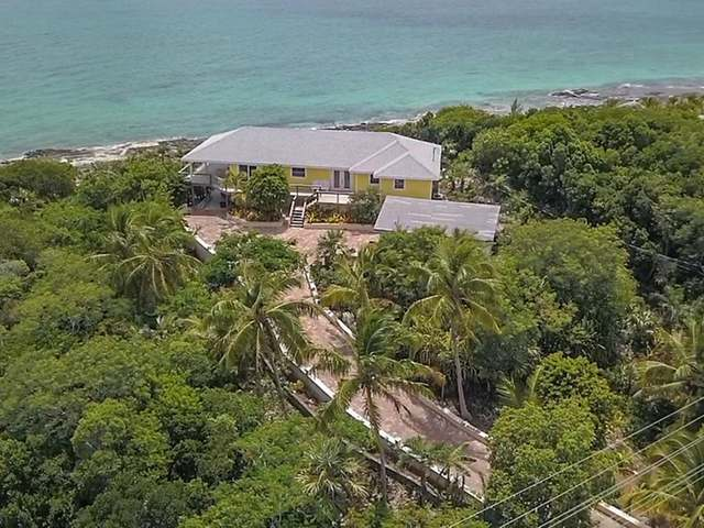 /listing-single-family-home-in-palmetto-point-33815.html from Coldwell Banker Bahamas Real Estate