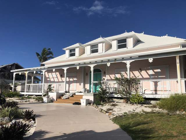 /listing-single-family-home-in-green-turtle-cay-33604.html from Coldwell Banker Bahamas Real Estate
