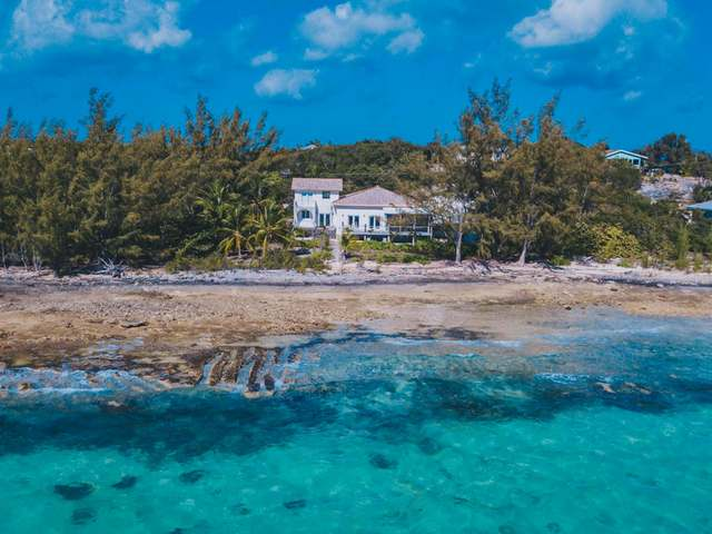 /listing-single-family-home-in-palmetto-point-34515.html from Coldwell Banker Bahamas Real Estate
