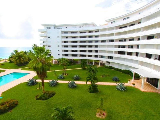 /listing-condo-in-lucaya-33963.html from Coldwell Banker Bahamas Real Estate