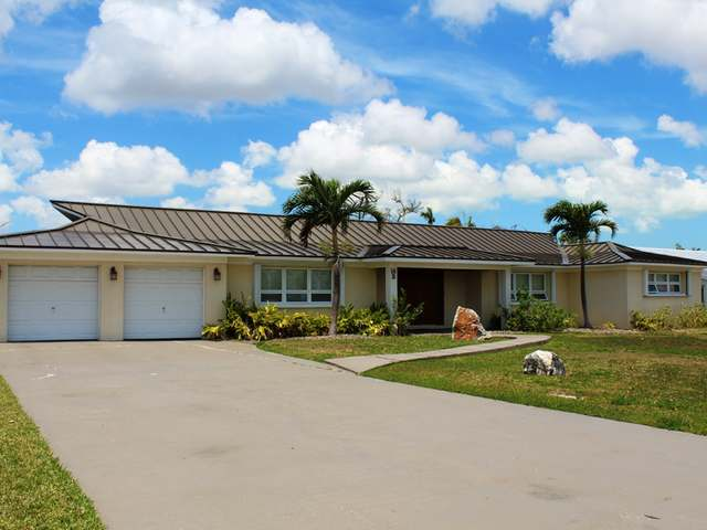 /listing-single-family-home-in-bahamia-34011.html from Coldwell Banker Bahamas Real Estate