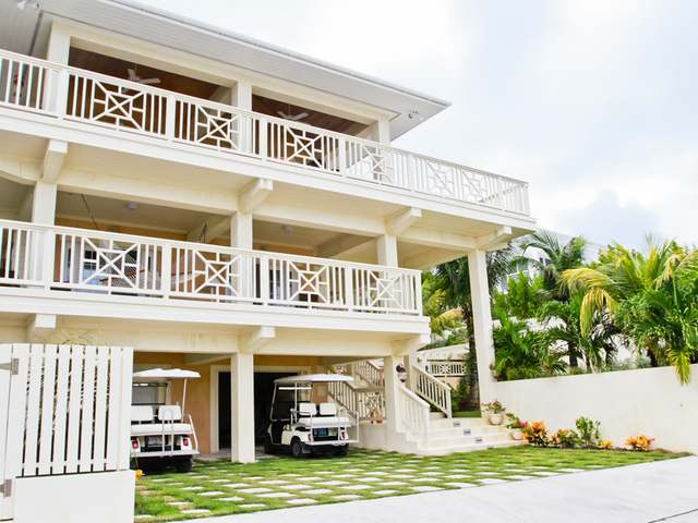 /listing-single-family-home-in-harbour-island-34069.html from Coldwell Banker Bahamas Real Estate