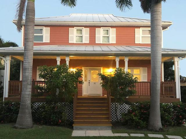 /listing-single-family-home-in-lucaya-34091.html from Coldwell Banker Bahamas Real Estate