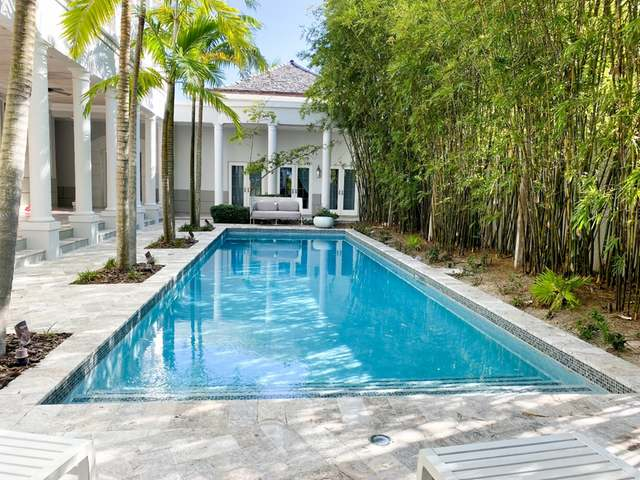 /listing-single-family-home-in-old-fort-bay-34098.html from Coldwell Banker Bahamas Real Estate
