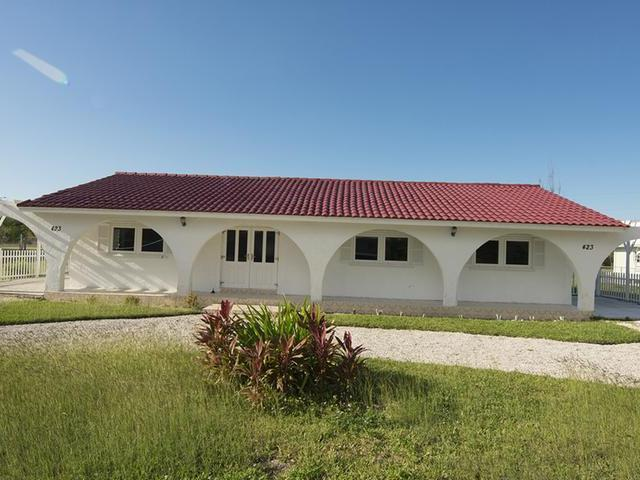 /listing-single-family-home-in-lucaya-34121.html from Coldwell Banker Bahamas Real Estate