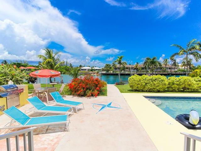 /listing-single-family-home-in-fortune-bay-34231.html from Coldwell Banker Bahamas Real Estate