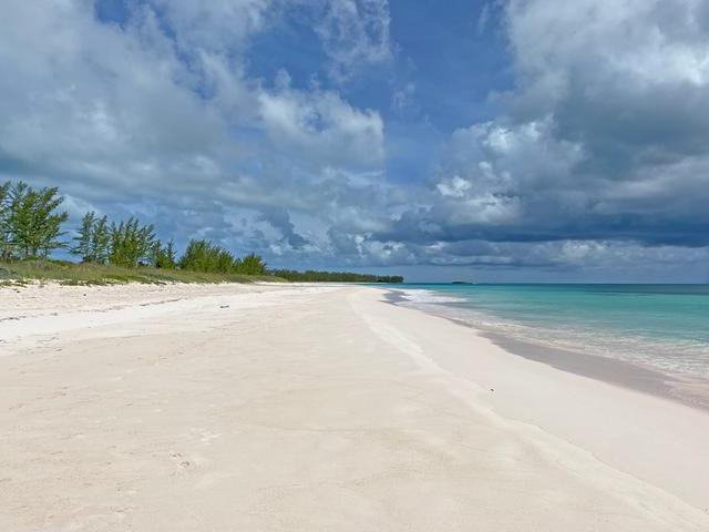 /listing-lots-acreage-in-governors-harbour-34195.html from Coldwell Banker Bahamas Real Estate