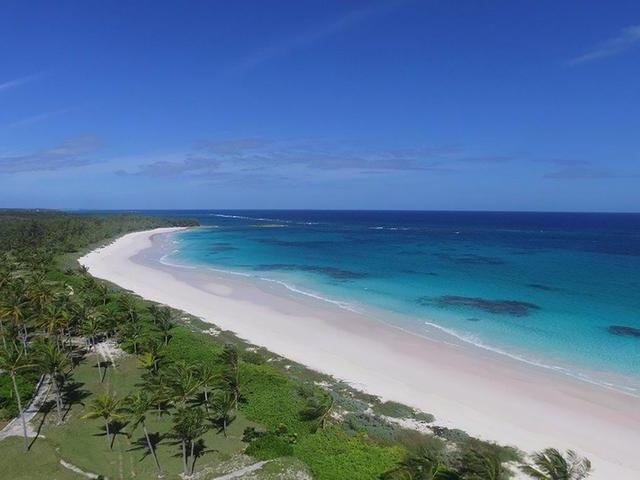 /listing-lots-acreage-in-governors-harbour-34210.html from Coldwell Banker Bahamas Real Estate