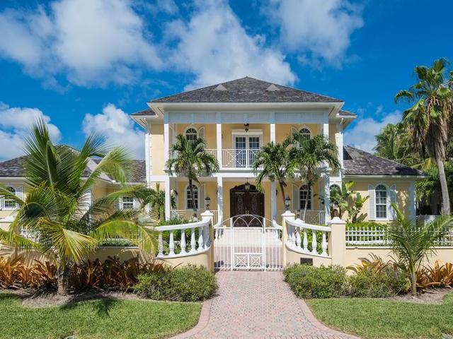/listing-single-family-home-in-paradise-island-38418.html from Coldwell Banker Bahamas Real Estate