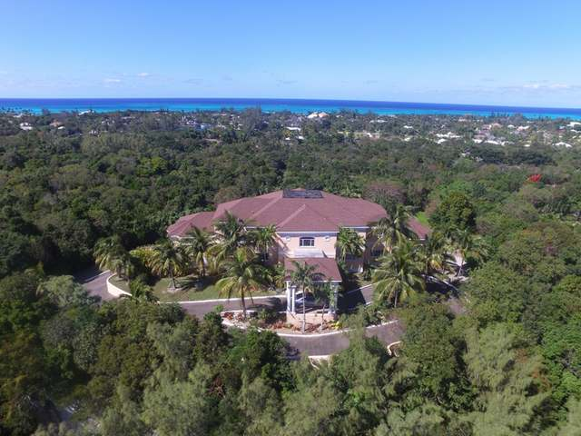 /listing-single-family-home-in-lyford-cay-34310.html from Coldwell Banker Bahamas Real Estate