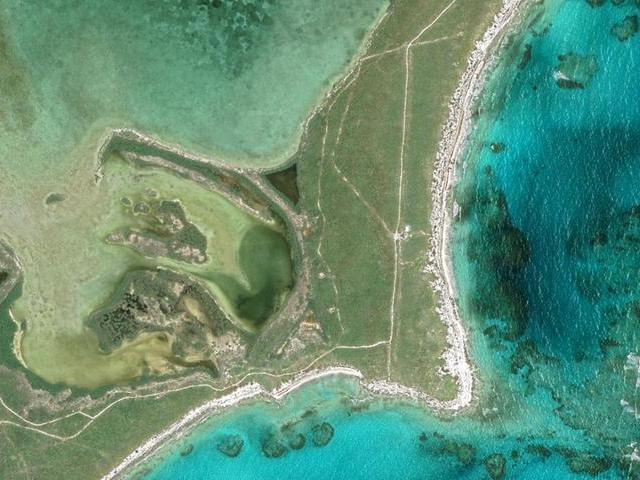 /listing-lots-acreage-in-rum-cay-37465.html from Coldwell Banker Bahamas Real Estate