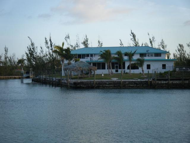 /listing-single-family-home-in-bell-channel-34724.html from Coldwell Banker Bahamas Real Estate