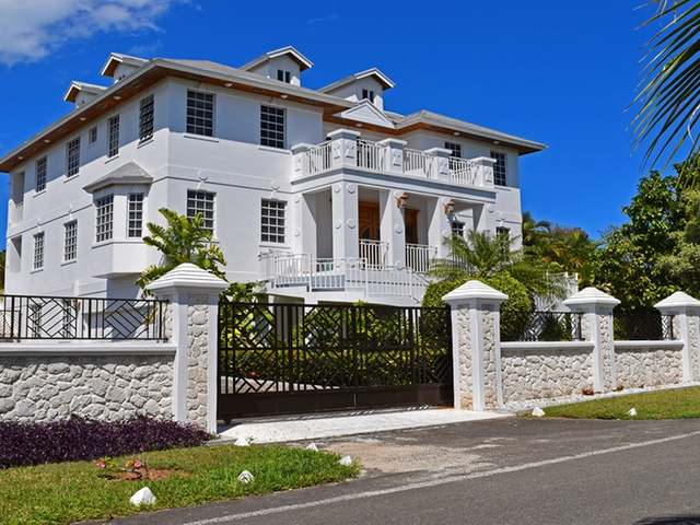 /listing-single-family-home-in-lake-cunningham-34711.html from Coldwell Banker Bahamas Real Estate