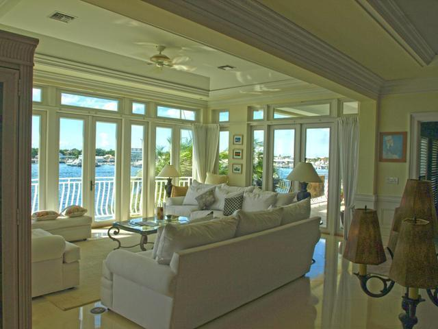 /listing-condo-in-paradise-island-34775.html from Coldwell Banker Bahamas Real Estate