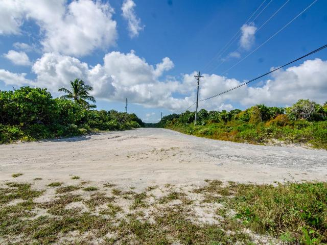 /listing-single-family-home-in-greenwood-35180.html from Coldwell Banker Bahamas Real Estate