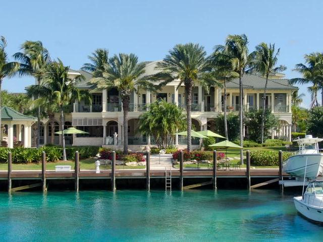 /listing-single-family-home-in-paradise-island-35215.html from Coldwell Banker Bahamas Real Estate