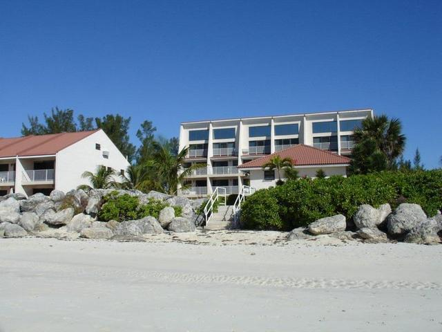 /listing-condo-in-silver-beach-35307.html from Coldwell Banker Bahamas Real Estate