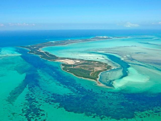 /listing-lots-acreage-in-chub-cay-35301.html from Coldwell Banker Bahamas Real Estate
