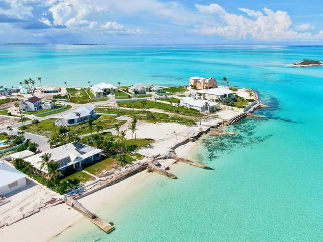 /listing-single-family-home-in-treasure-cay-38853.html from Coldwell Banker Bahamas Real Estate