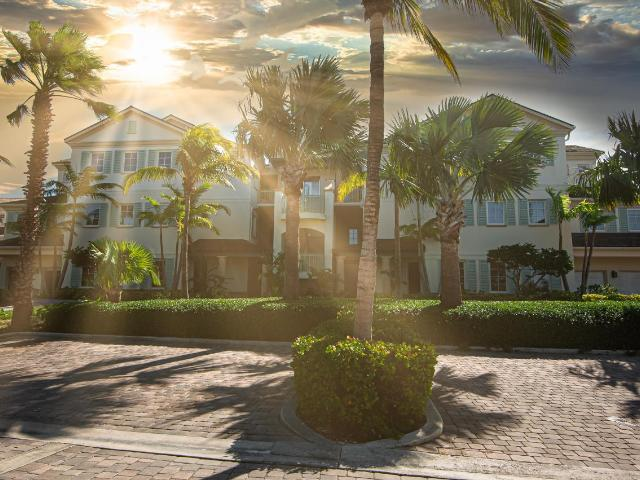 /listing-condo-in-emerald-bay-35437.html from Coldwell Banker Bahamas Real Estate