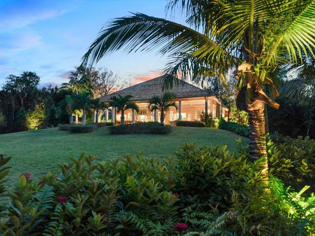 /listing-single-family-home-in-lyford-cay-35728.html from Coldwell Banker Bahamas Real Estate