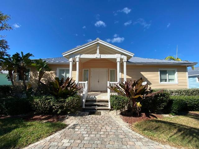 /listing-single-family-home-in-bimini-bay-35807.html from Coldwell Banker Bahamas Real Estate