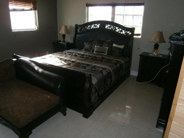 /listing-single-family-home-in-yeomanwood-subdivision-35951.html from Coldwell Banker Bahamas Real Estate