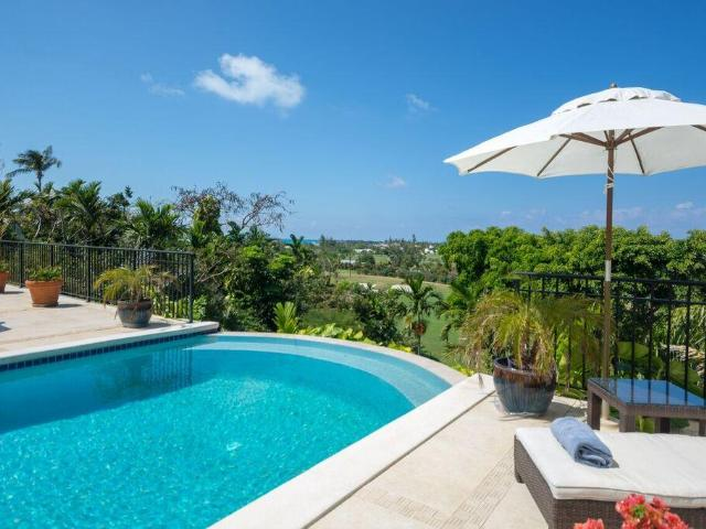 /listing-single-family-home-in-lyford-cay-35913.html from Coldwell Banker Bahamas Real Estate