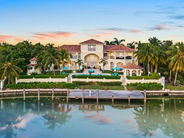 /listing-single-family-home-in-lyford-cay-35974.html from Coldwell Banker Bahamas Real Estate