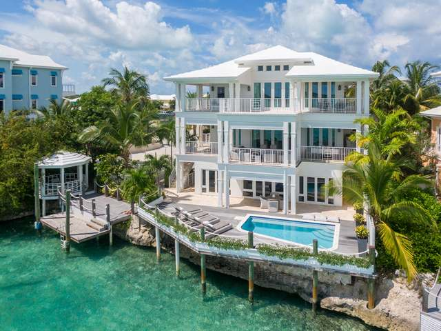 /listing-single-family-home-in-february-point-36531.html from Coldwell Banker Bahamas Real Estate