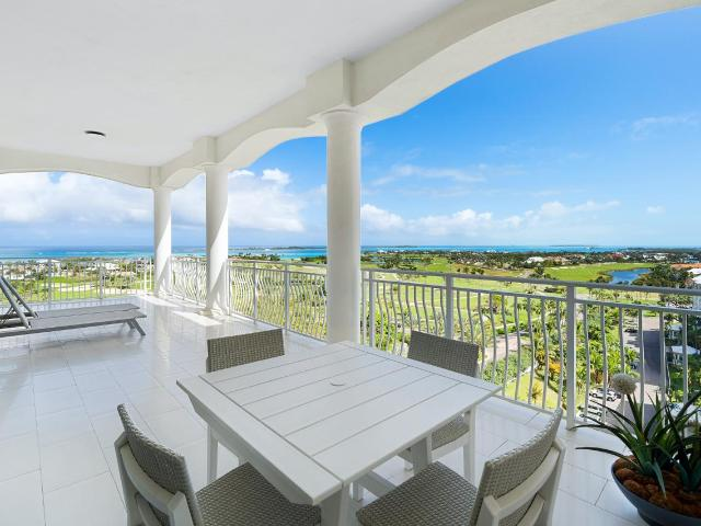 /listing-condo-in-paradise-island-36443.html from Coldwell Banker Bahamas Real Estate